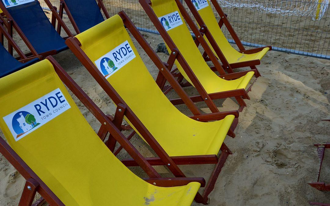 Deckchairs on Ryde Beach!